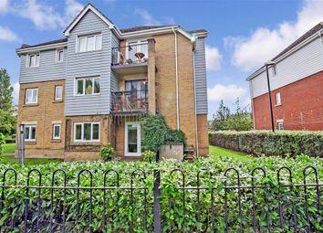 Sherwood Avenue, Larkfield, Aylesford, Kent ME20. 2 bed flat