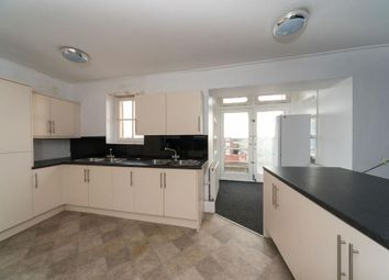 Room to rent in Pacific Court, High Street, Hull HU1