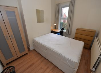 Thumbnail 4 bed flat to rent in Livingstone Road, Southampton