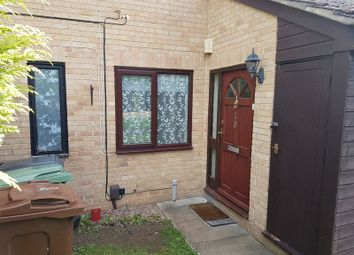 Thumbnail 1 bed flat to rent in Levery Close, Abingdon
