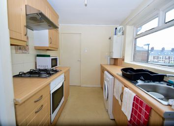 Thumbnail 3 bed flat to rent in Kelvin Grove, Sandyford, Newcastle Upon Tyne