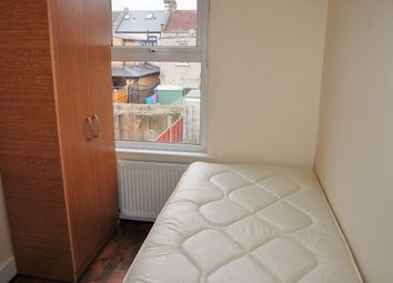 Thumbnail Room to rent in Halley Road (Room 6), London