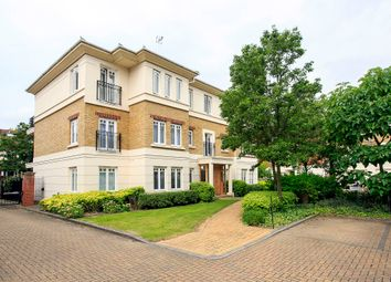 Thumbnail 2 bed flat to rent in Cambridge Road, East Twickenham