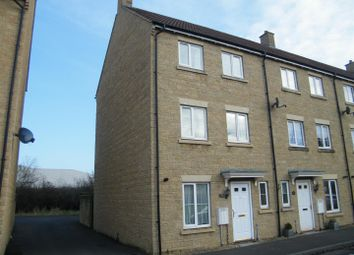 Thumbnail 3 bed town house for sale in Linnet Road, Calne