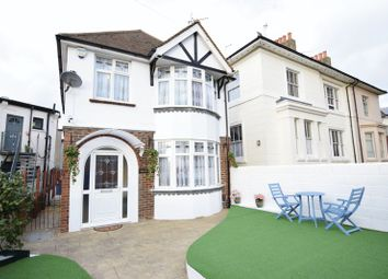 Thumbnail 4 bed detached house to rent in Wellington Road, Brighton