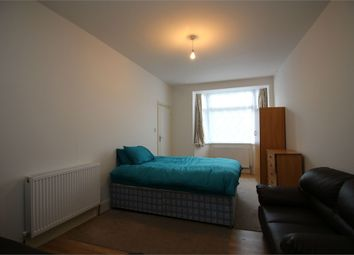 Thumbnail Studio to rent in Canterbury Road, London