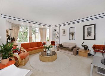 Thumbnail 4 bedroom flat for sale in Clive Court, London