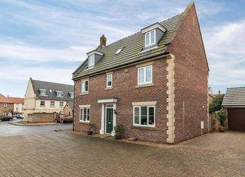 Thumbnail 5 bed town house for sale in Willow Way, Crewkerne