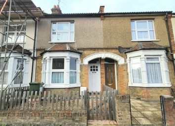 3 bed property to rent in Whippendell Road, Watford WD18