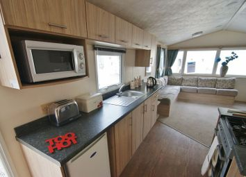 3 bed mobile/park home for sale in Moor Lane, Flookburgh, Grange-Over-Sands LA11