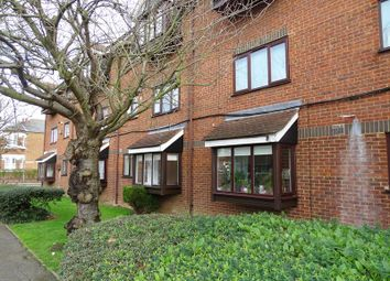 Thumbnail 1 bedroom flat to rent in Hadley Road, New Barnet, Barnet