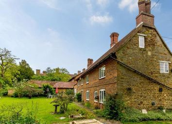 5 bed link-detached house for sale in Pattishall, Towcester, Northamptonshire NN12