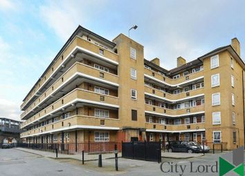 Thumbnail 2 bed flat to rent in Limehouse Causeway, Limehouse