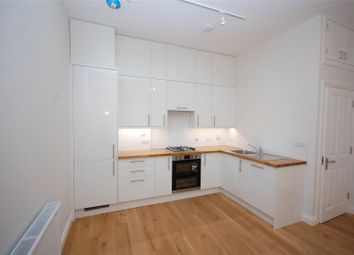 Thumbnail 2 bedroom flat to rent in Friern Park, North Finchley, London