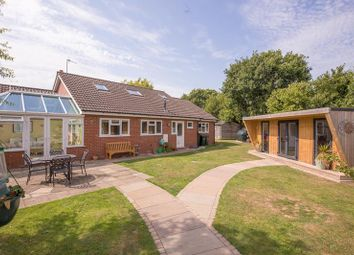 Umtana, Gloucester Road, Welland, Malvern, Worcestershire WR13. 3 bed detached house for sale