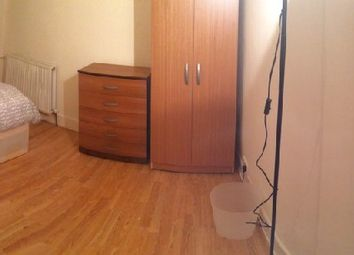 Thumbnail Room to rent in Harcourt Rd, London