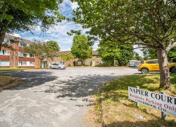 Thumbnail 2 bed flat for sale in Banstead Road, Caterham