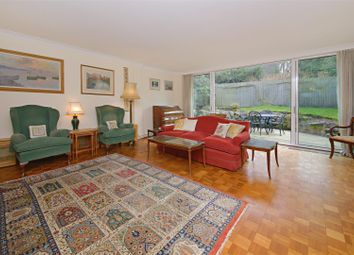 Thumbnail 4 bed detached house for sale in View Close, Highgate