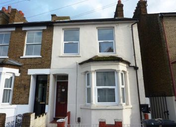 Thumbnail 1 bedroom flat to rent in Gladstone Road, Watford