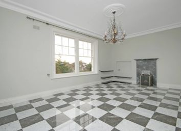 Thumbnail 3 bedroom flat to rent in Kidderpore Gardens, Hampstead