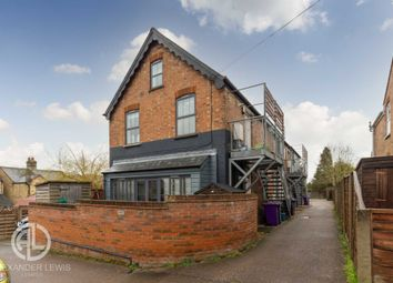 Thumbnail 3 bed flat for sale in Bakers Mews, Orchard Road, Hitchin