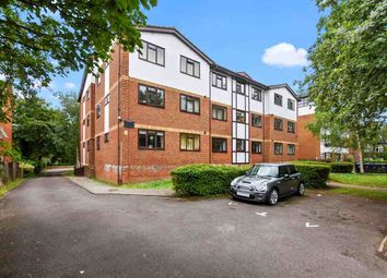 Thumbnail 1 bed flat to rent in Lawrie Park Road, London