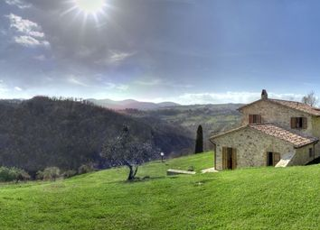 Thumbnail 5 bed farmhouse for sale in Perugia, Umbria