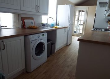 Thumbnail 3 bed maisonette to rent in Wragby Road, Lincoln