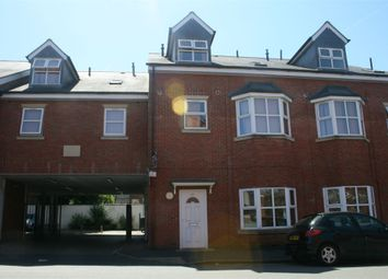 2 bed flat to rent in David Road, Coventry, West Midlands CV1