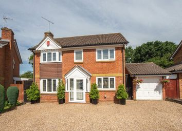 Thumbnail 4 bed detached house for sale in Kempsey Close, Luton