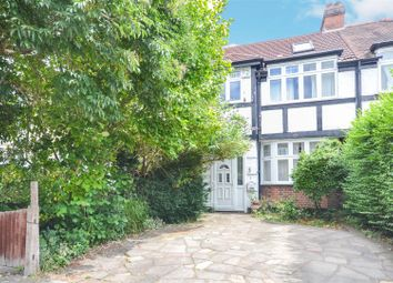 4 bed property to rent in Grasmere Avenue, London SW19