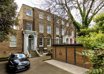Thumbnail 2 bed flat to rent in Clapham Road, London, London