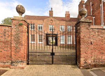 Thumbnail 1 bed flat for sale in Twickenham House Apartment, Abingdon-On-Thames