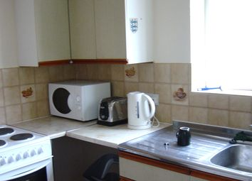 Thumbnail 3 bed shared accommodation to rent in Connaught Avenue, Plymouth