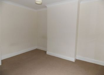 Thumbnail 1 bed flat to rent in Oxford Street, Ripley, Derbyshire