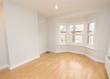 2 bed maisonette to rent in New Windsor Street, Uxbridge UB8