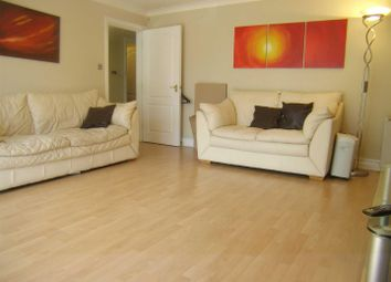 Thumbnail 3 bedroom flat to rent in Winnipeg Quay, Salford