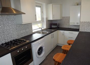Thumbnail 3 bed flat to rent in Kings Road, Southsea