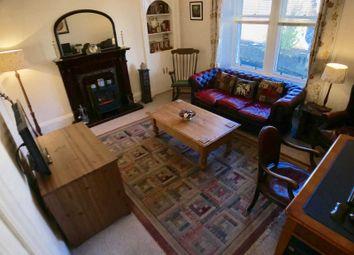 Thumbnail 1 bedroom flat for sale in Calder Street, Lochwinnoch