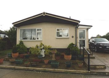 Thumbnail 2 bedroom mobile/park home for sale in Beeches Mobile Homes Park, Victoria Road, Lowestoft