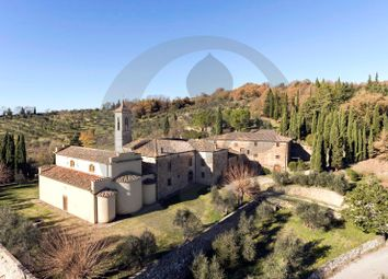 Thumbnail 22 bed villa for sale in Traversa Del Chianti, Radda In Chianti, Siena, Tuscany, Italy