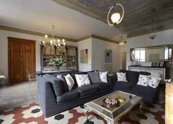 Thumbnail 3 bed triplex for sale in Via Burlamacchi, 55100 Lucca Lu, Italy