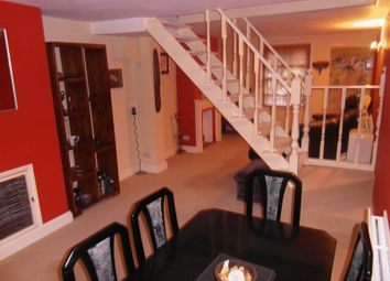 Thumbnail 2 bed semi-detached house to rent in Malthouse Road, Crawley