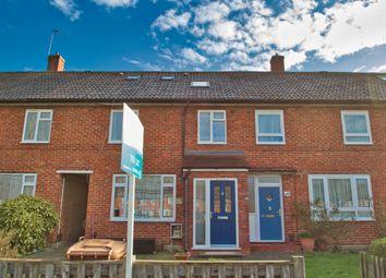 4 bed terraced house to rent in Courtenay Avenue, Harrow HA3
