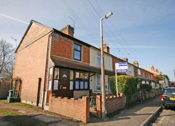 Thumbnail 2 bed property to rent in Ecton Road, Addlestone