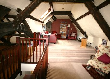 Thumbnail 2 bedroom flat to rent in Fore Street, Topsham, Exeter