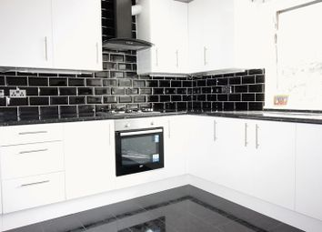 Thumbnail 2 bed flat to rent in Virginia Road, London