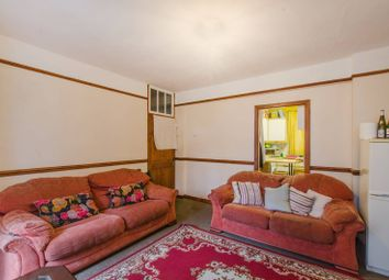 Thumbnail 3 bed flat for sale in Pomeroy Street, Peckham