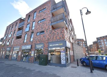 Thumbnail 2 bedroom flat for sale in Townhall Square, Crayford, Kent