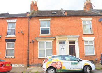 2 bed property to rent in Lower Thrift Street, Abington, Northampton NN1